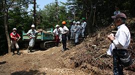 【サントリー天然水の森シリーズ】第4章 水源地域を守る現場の第一歩・林道づくりのコツ 路網づくりで林業と山林の未来を見出す
